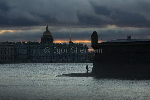 Суровый закат в Питере